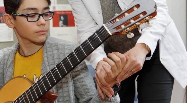 Müzisyen sakatlıklarını nasıl önlüyoruz?