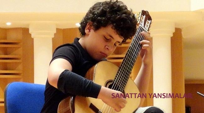 İstanbul Gitar Yarışması'nı Cem Şivan Ergül kazandı