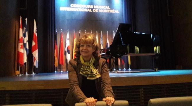 Macar piyanist Zoltan Fejervari birinci