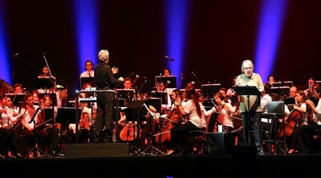 Tura'ya Bodrum Müzik Festivali'nde Onur Ödülü...