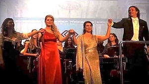 Başarılı sesler, yıldız bir orkestra...