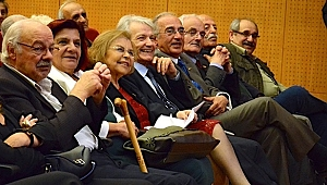 Şair-Gazeteci Atilla Aşut'un 60. meslek yılı