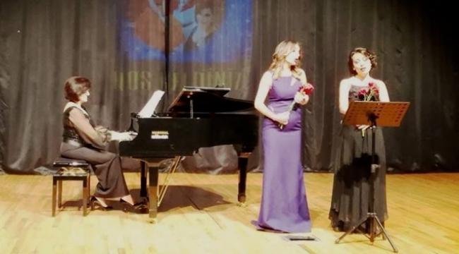 Gelecek vaadeden genç opera şarkıcıları...