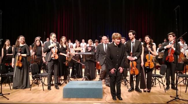 M.S.Ü.D.K. Genç Orkestra ve Korosunun başarılı konseri