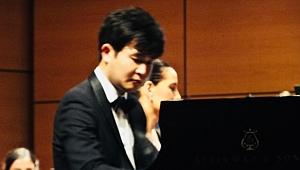 Koreli piyanist Yekwon Sunwoo'dan Rahmaninov'a güçlü yorum