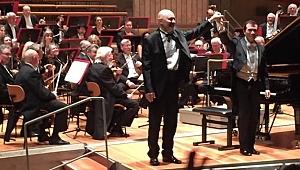 Özgür Aydın Berlin Senfoni ile Beethoven çalıyor...