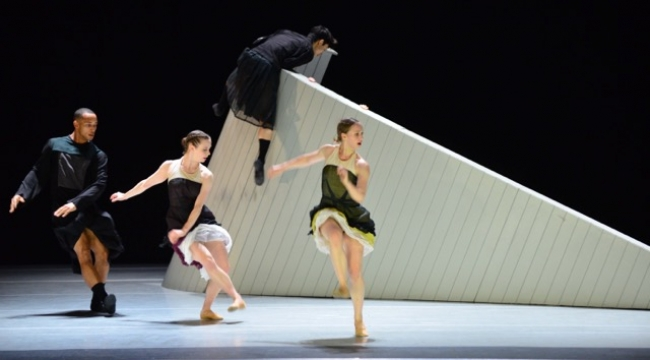 Hollanda Dans Tiyatrosu İzmir'deydi
