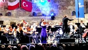 Türk-Polonya Dostluğu İDSO'da kadın sanatçılarla kutlandı