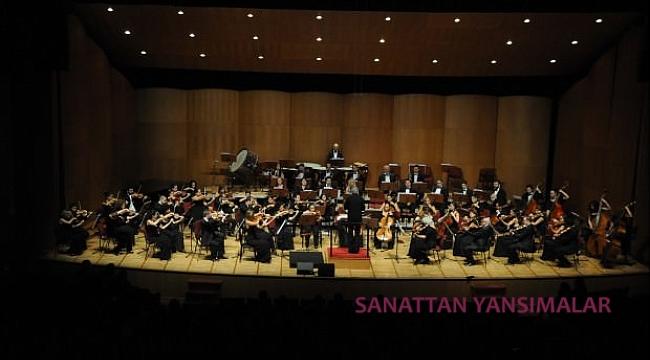 Türk Beşleri'nin piyano eserlerini bu kez orkestra çalıyor