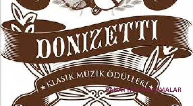 Yılın bestecisi Onur Türkmen, şefi Burak Tüzün...