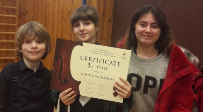 Bilkentli çellistlerin Prag yarışma başarısı...