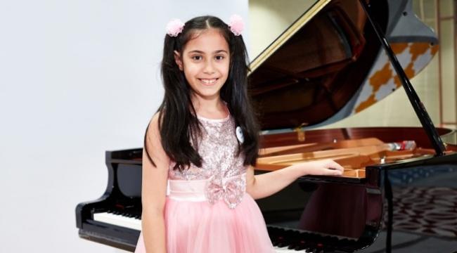 Crescendo'nun büyük ödülü de Arya Su Gülenç'e