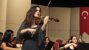 Usta Şef, İyi Orkestra ve Fişek Gibi Kemancı