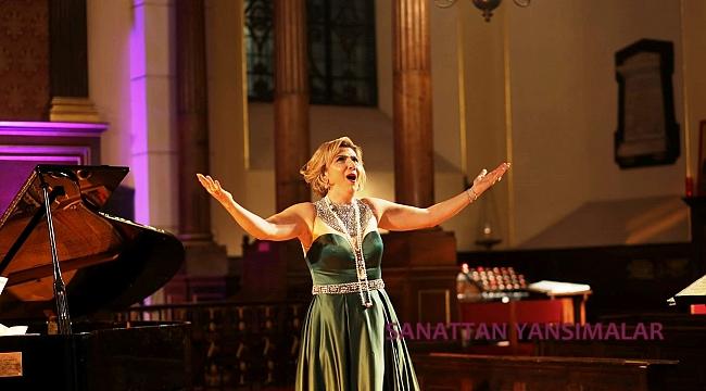 Soprano Esra A. Akcan'ın Londra Konseri