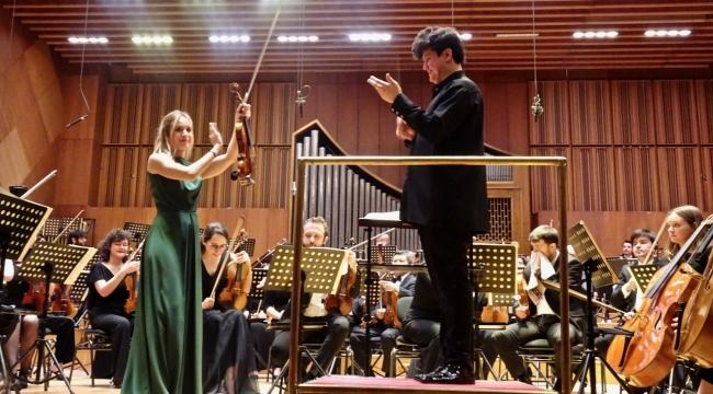 Tifu ve Shockhakimov'la Tekfen Filarmoni