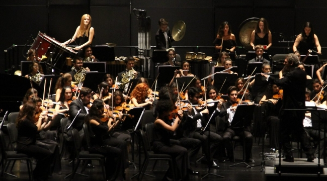 Serbest Orkestra Müzisyenlerine 1000'er TL Destek