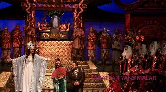 Turandot'u bir de Turankızı olarak okuyun