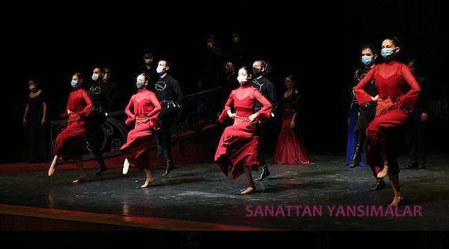 Solistler ve Dansçılarla Yerelden Evrensele