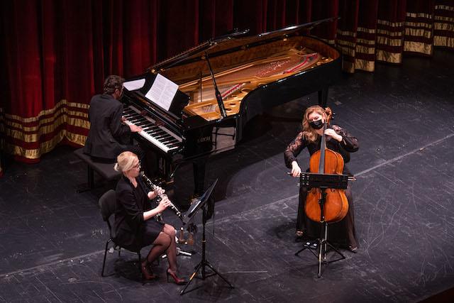 Glinka ve Brahms Üçlüleri Seslendirecekler