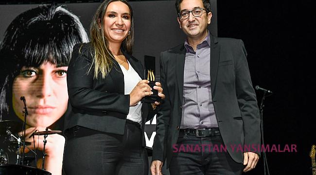 Tülay German'a Yaşam Boyu Başarı Ödülü