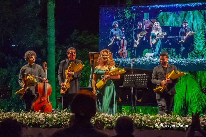 Ruhunu Müziğe Adayan Sanatçılar