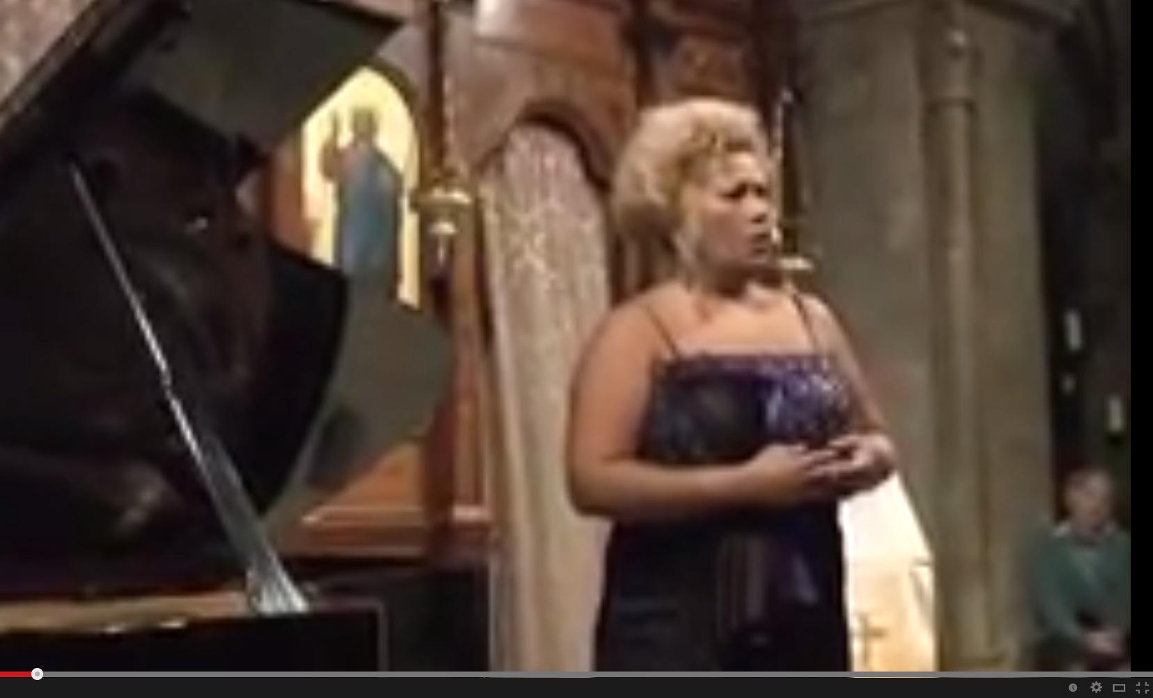 Kilise'de Konser: Soprano Catherine Manandaza