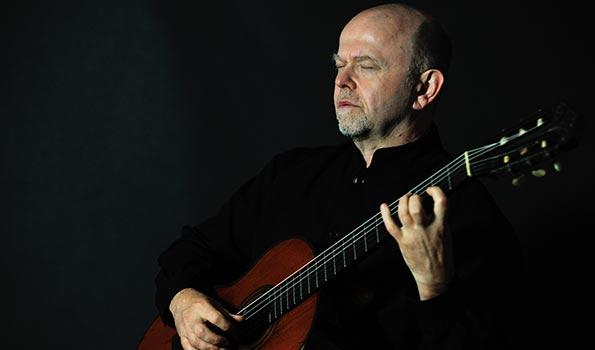 Çek gitarist Pavel Steidl çalıyor: İthaka